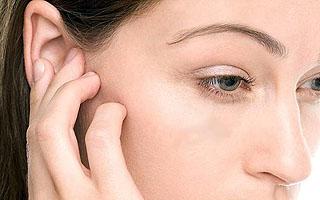 Болит ухо внутри