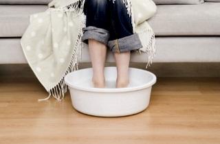 Как правильно парить ноги ребенку при кашле