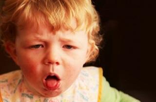 Лечения детского кашля по советам Комаровского