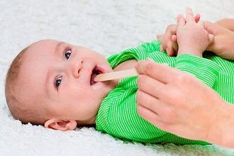 Как вылечить горло грудным детям thumbnail