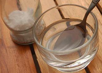 Лечение горла солью