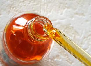 Пузырек с маслом